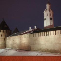 Вечер. Вид на Новгородский Кремль