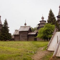 Витославицы: музей деревянного зодчества